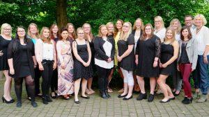 Die Absolventen Sozialassistenz (SAS 2a). (c) Foto: Diana Duck